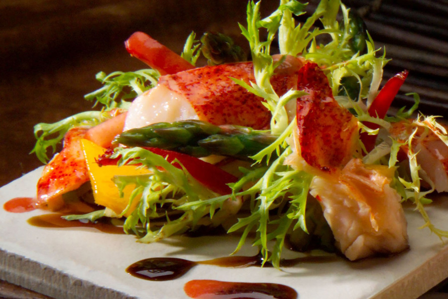 Lobster Strawberry And Mango Salad
