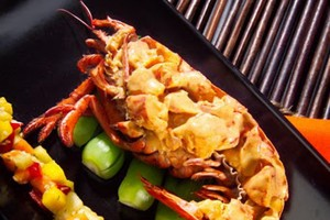 Lobster with Thai Red Curry and Tropical Fruit