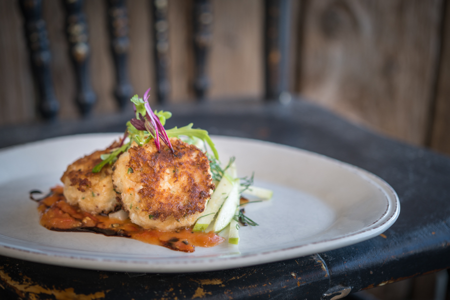 Smoked PEI Crab and PEI Halibut Cakes with Tomato Confit, Roasted Fennel and Apple Slaw, Blue Mussel Cafe (2017)